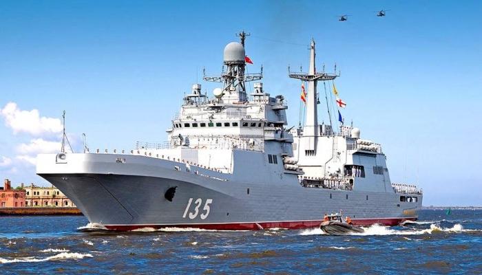 Строительство больших десантных кораблей