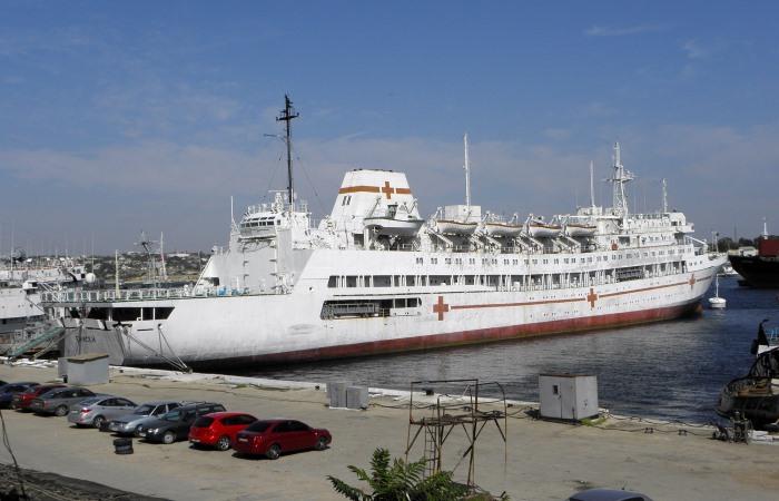 В 1990 году судно было зафрахтовано