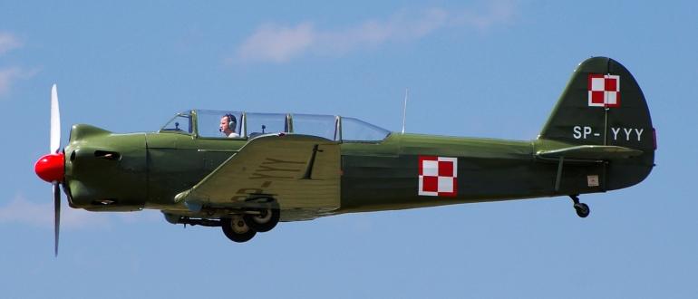 Самолет Як-18