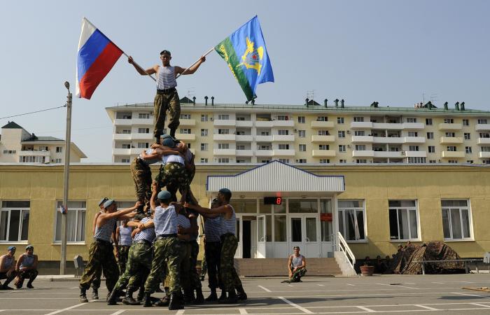 Солдаты на выступлении