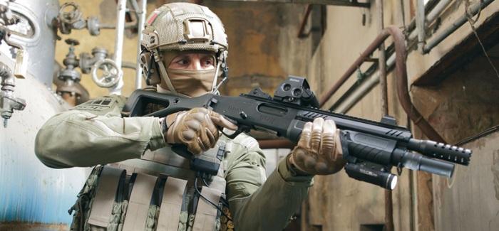 В руках солдата