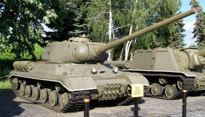Памятник танка