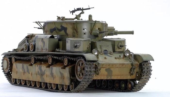 Вооружение Т-28 размещалось в 3-х башнях