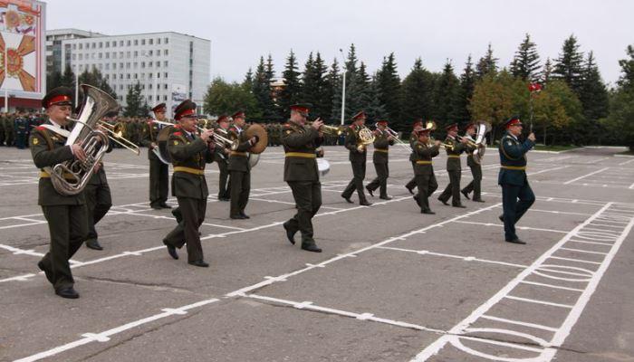 Оркестр в части