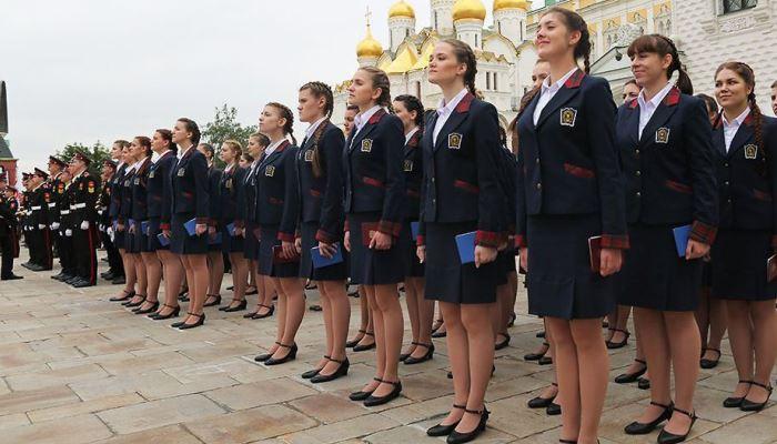 Выпускницы кадетского училища