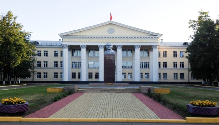 Здание ВУЗа