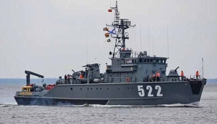 Корабль 522