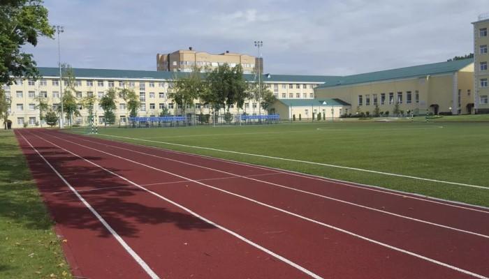 Стадион в училище